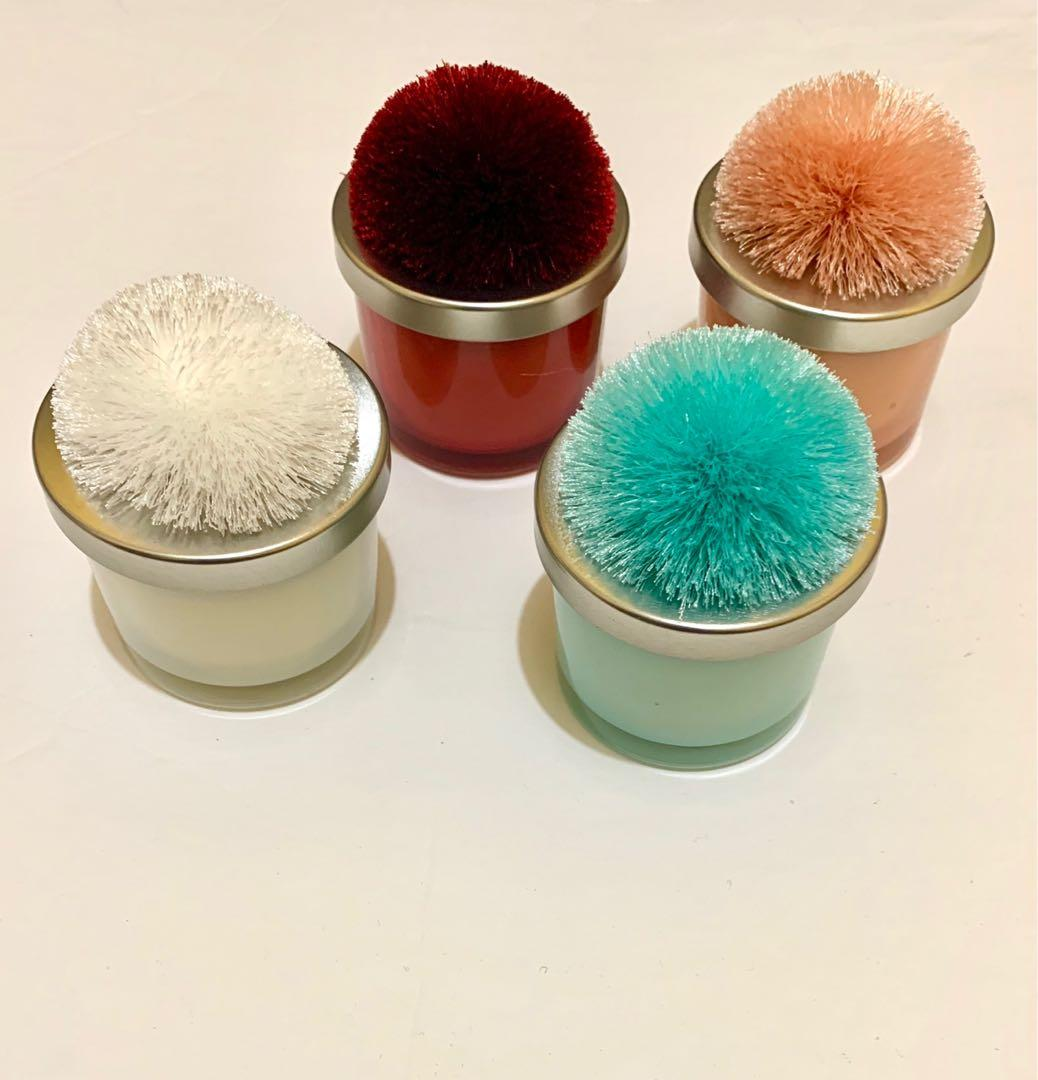 4 Pom Pom scented candles