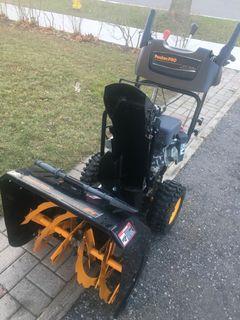 "Poulan Pro 24"" 6.5 HP Self Propelled Snowblower"