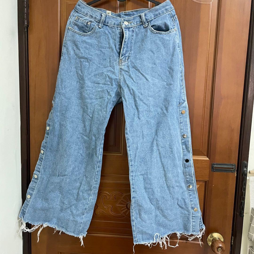 排釦牛仔寬褲