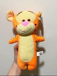 [現貨]跳跳虎 玩偶 絨毛娃娃 按壓出聲 小熊維尼 Winnie Pooh Tigger 23cm
