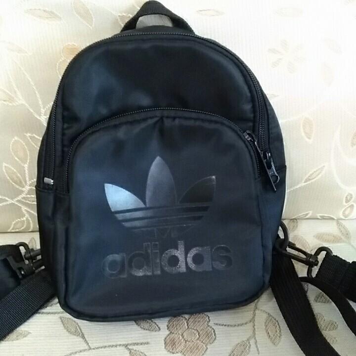(保留) Adidas 小後背包/胸包