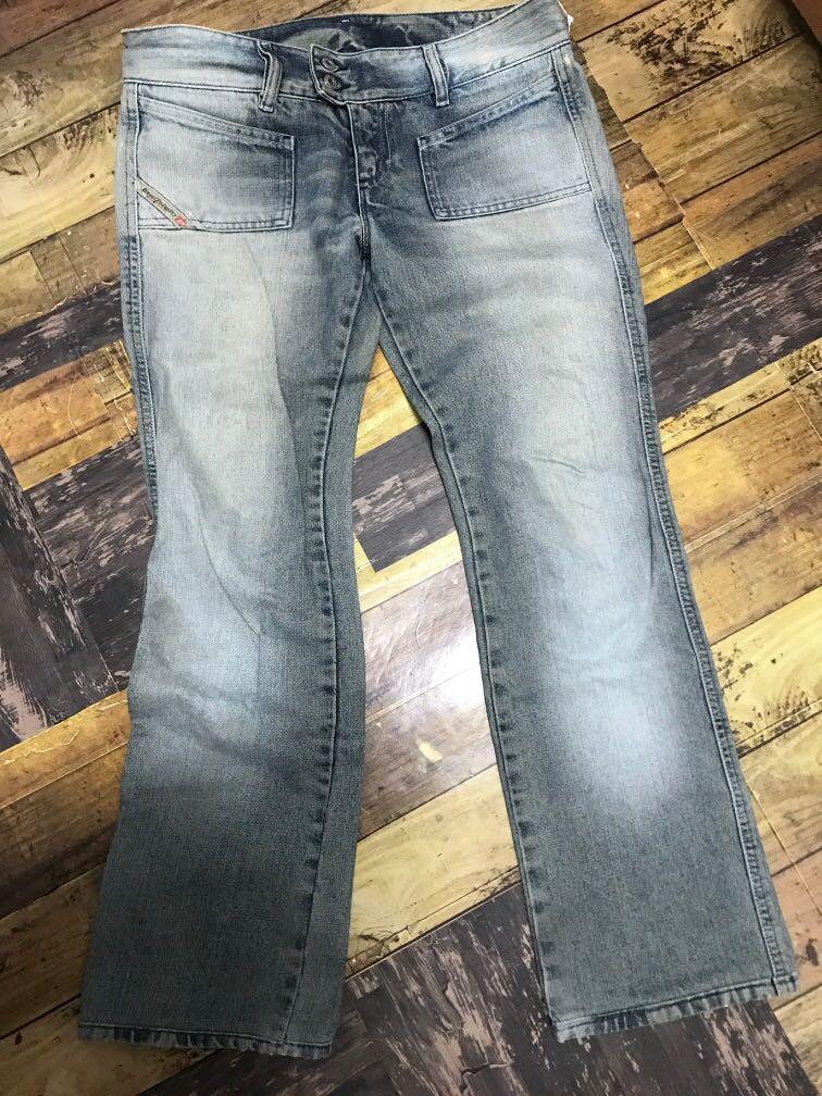 Diesel低腰直筒牛仔褲