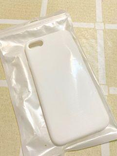 (Free) Iphone 6/7/8 silicone case matte white