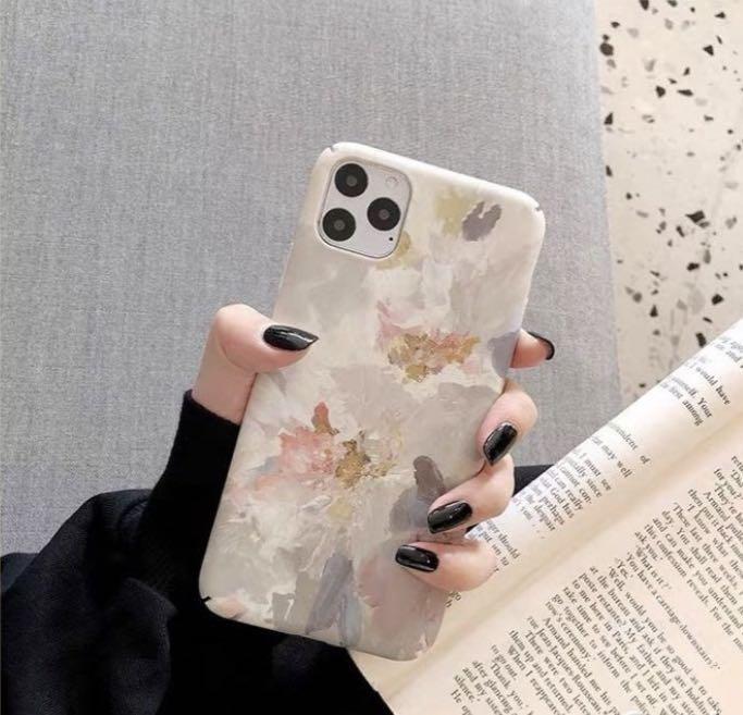 Iphone11油畫手機殼(附兩個半版手機膜)