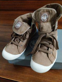 正品全新palladium 帕拉丁中筒反摺帆布靴