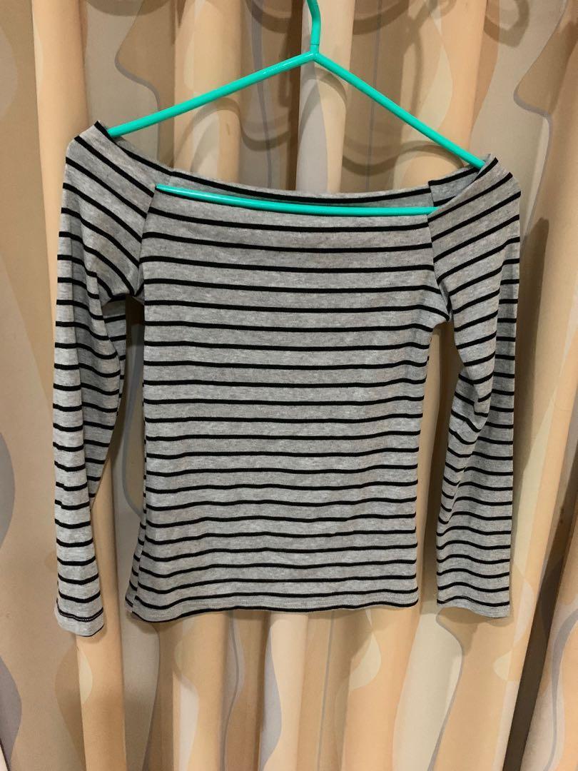 一字領棉質上衣🌸全新特價🌸不挑身型,S-L的身型都能穿🌸實穿好搭配🌸棉質 質感超級舒服好穿👍