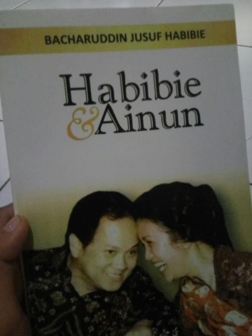 Story book Habibie-Ainun