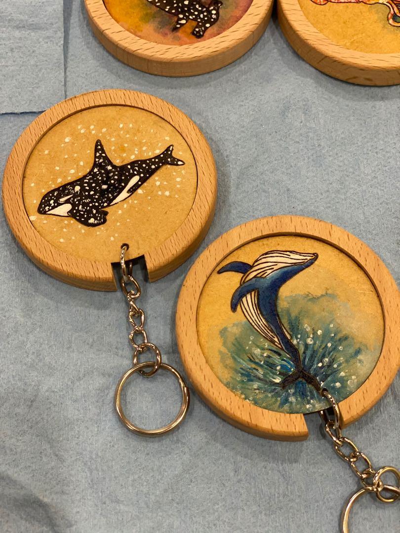 Woodypen手繪鯨魚🐳系列木做鑰匙圈+木座
