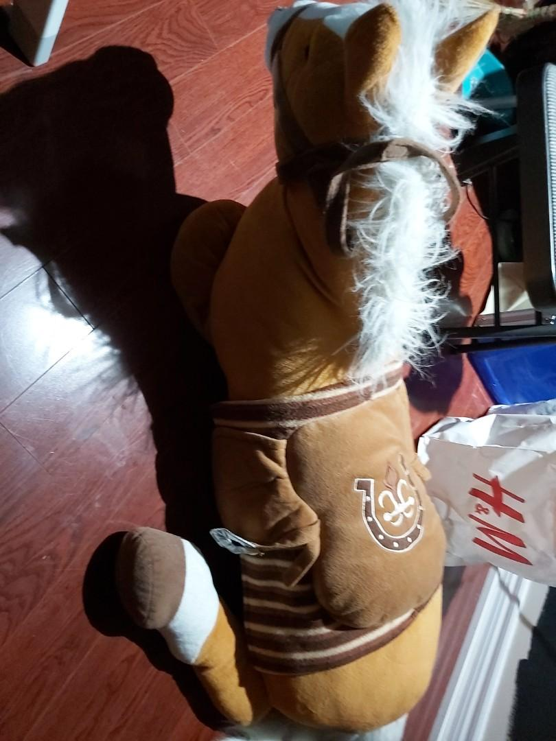 6 to 8 feet size horse stuffed toy