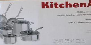 Brand new Kitchen aid 10 pieces pot set