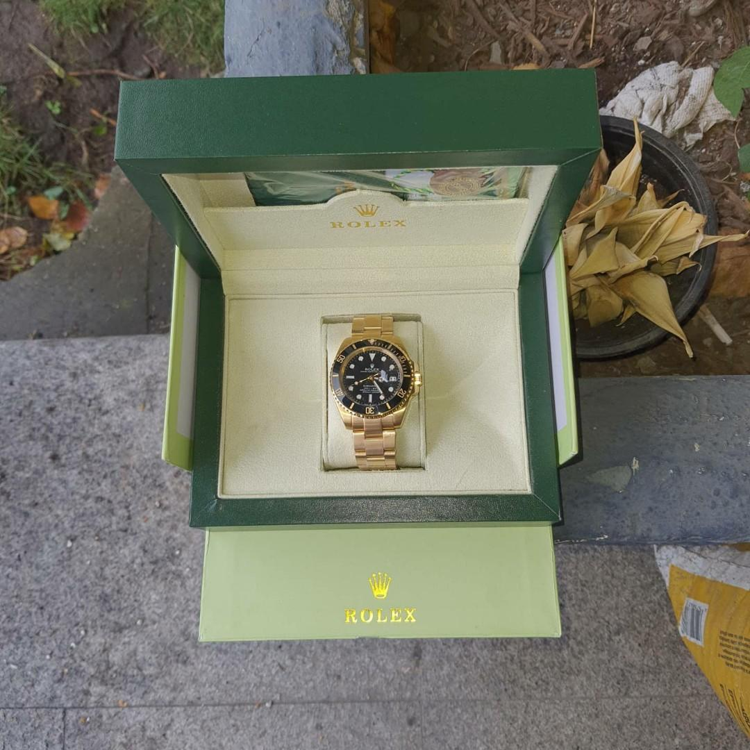 GOLDEN SUBMARINE BRAND NEW WATCH