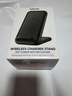 🤩Sales! SAMSUNG - BNIB Wireless Charger Stand