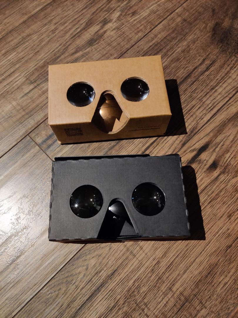 Virtual reality viewer (Google cardboard)