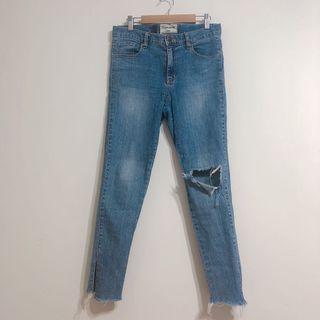 韓國梨花破褲造型開衩牛仔褲