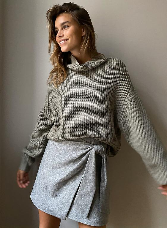 Aritzia/Wilfred Wrap Front Knit Skirt