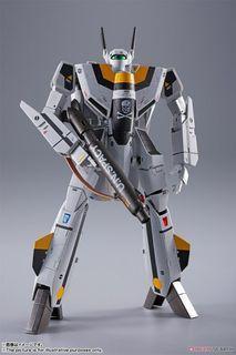 DX Chogokin Bandai Macross VF-1S Valkyrie Roy Focker Special PO