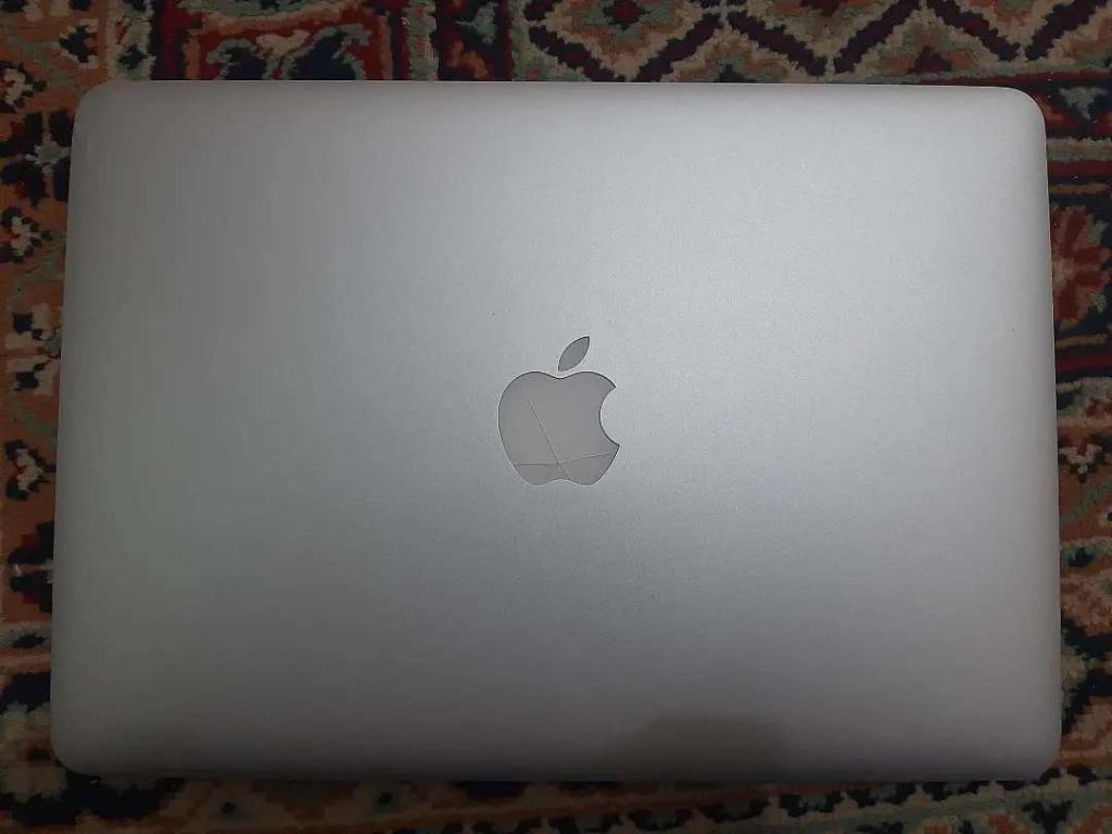 Jual Cepet, Murah! MacBook Pro Retina 13 inc, 2015. Core i5, ram 8gb