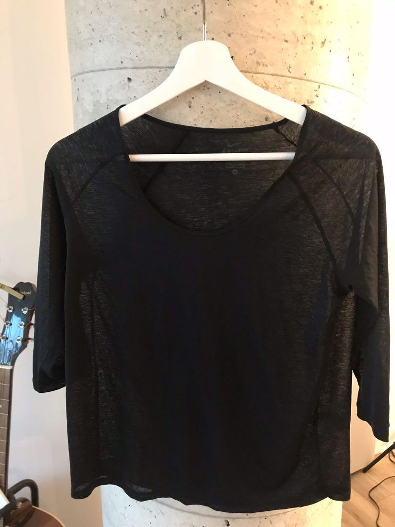 Nike Sheer Black Active Top Size Small
