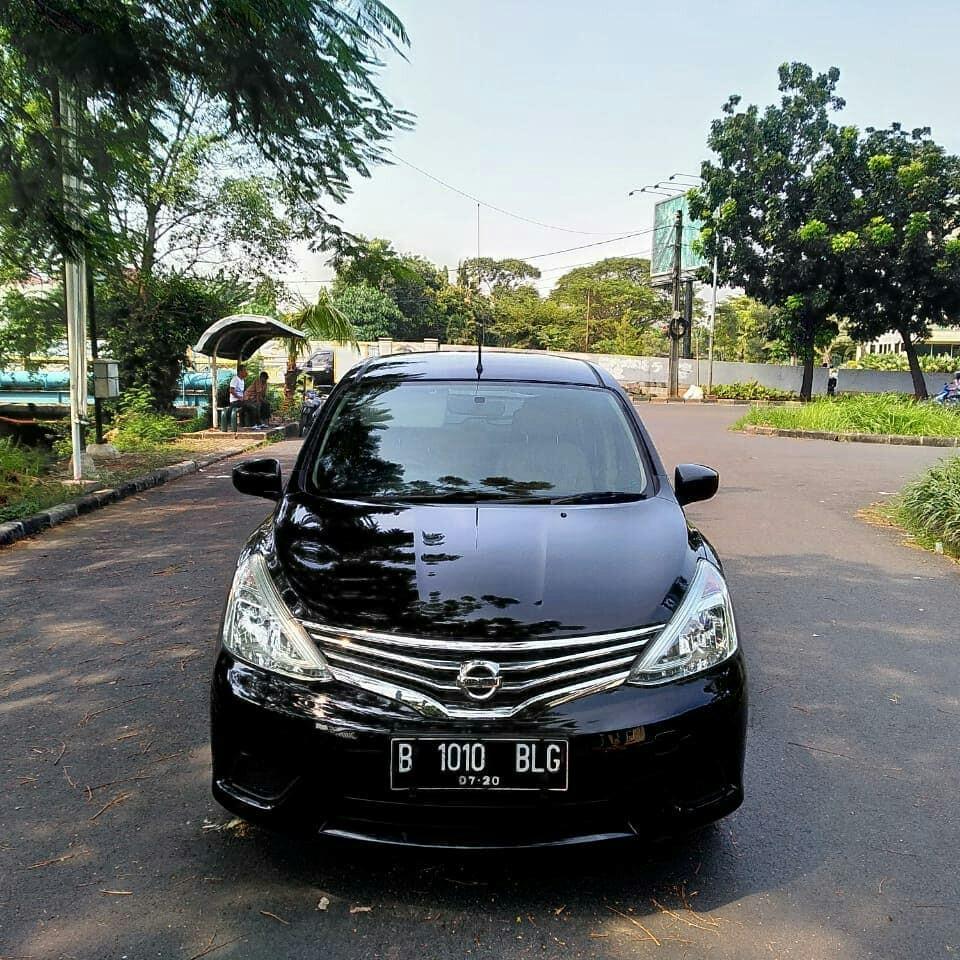Nissan New Grand Livina 1.5 SV MT 2015