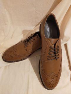 (全新)土黃色布洛克皮鞋
