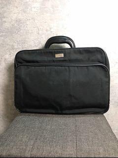 【♥ 琳琳私物 ♥】GUCCI ◌ 黑色公事包