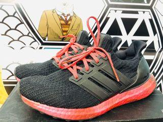 Adidas Ultraboost black and red (原價1499)
