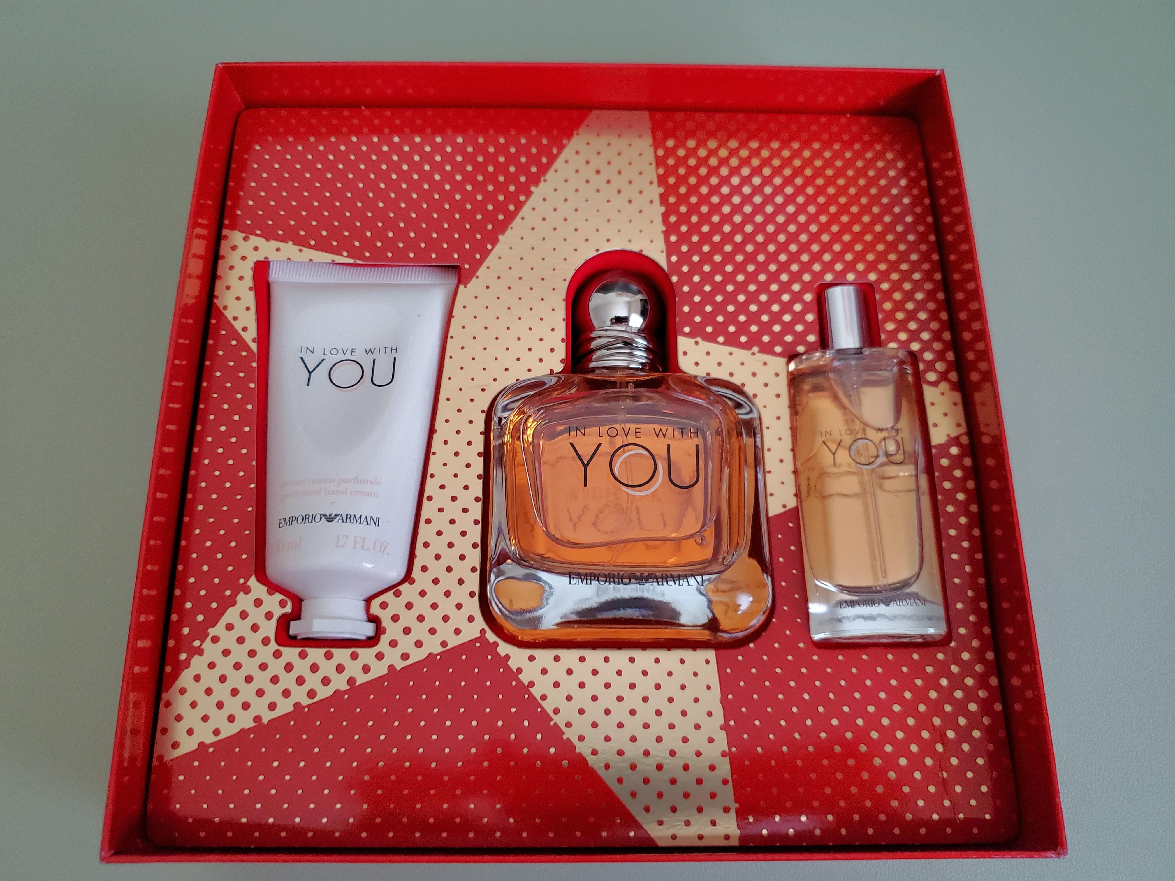 BNIB Women's Emporio Armani In Love With You Gift Set