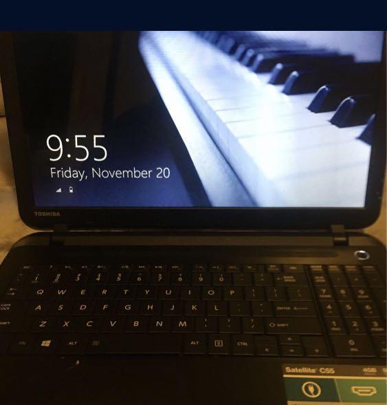 Gaming laptop 8gb RAM streams movies