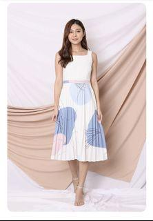 *TPZ* (PREMIUM) COURTNEY PLEATED DRESS IN WHITE