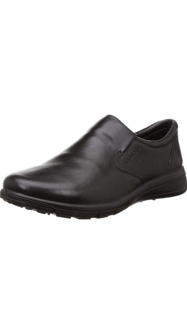 Woodland man's shoes
