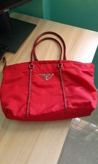 💯 Prada Handbag