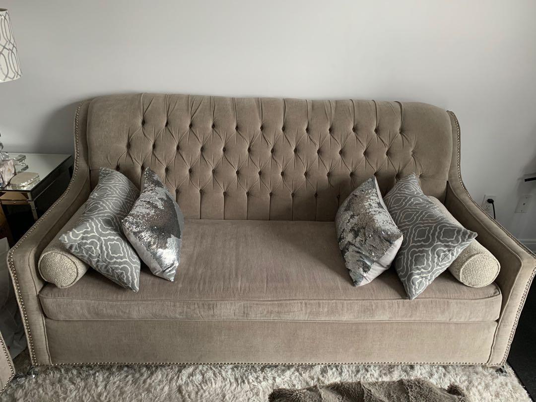 Custom made sofas with oddment