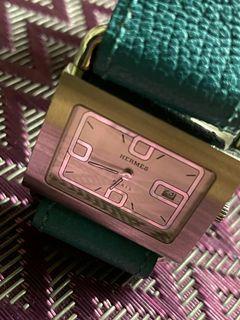 ⏩⏪專櫃正品【愛馬仕】【HERMES】白色錶面皮帶錶~BA151