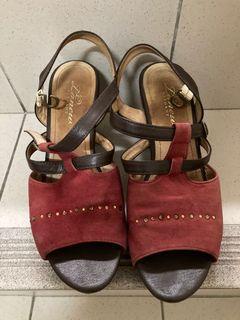 la new真皮紅色高跟鞋