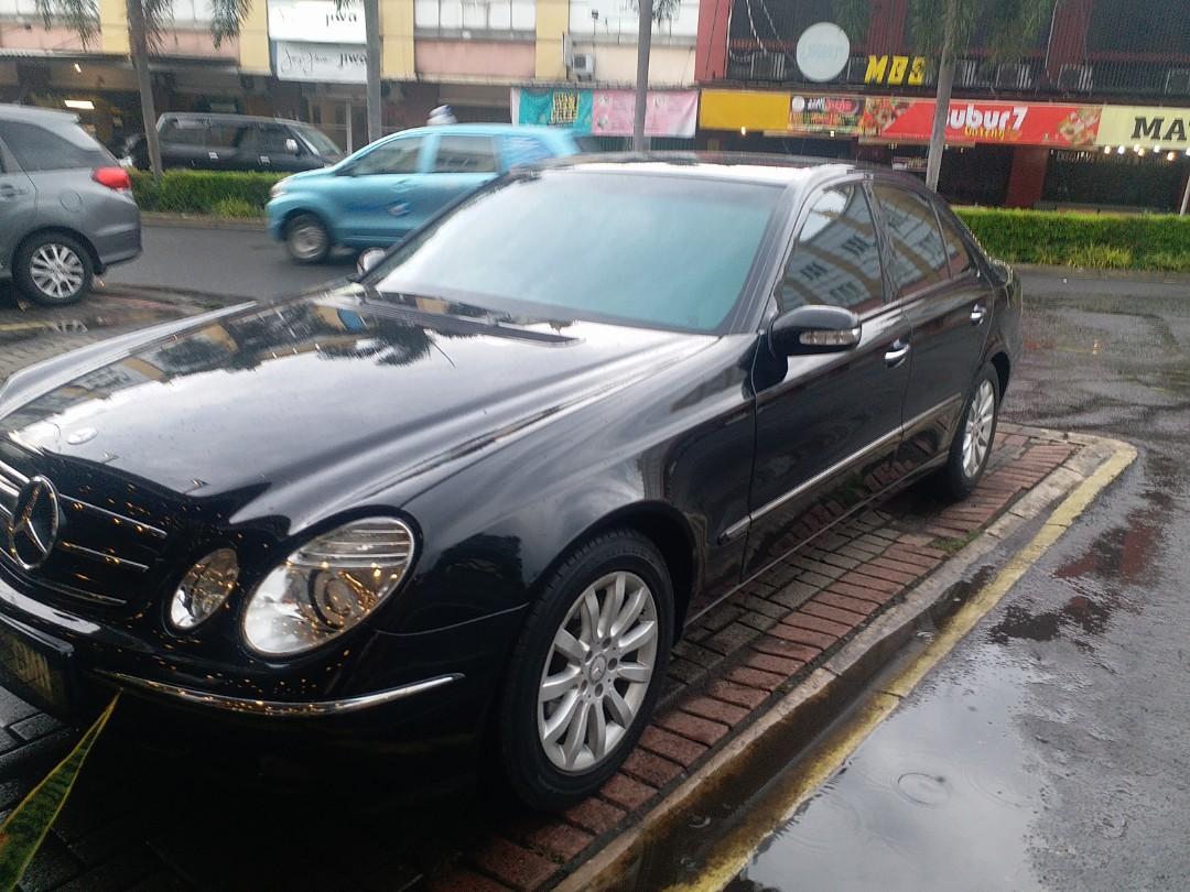 Mercedes benz w211 E240 (2002)