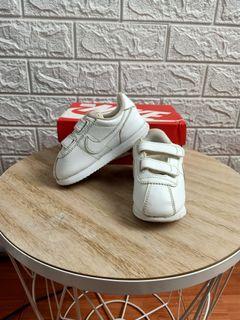Sepatu olahraga NIKE AUTHENTIC anak