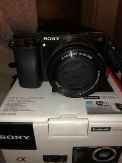 Sony A6000 Mirrorless Camera w: 16-50mm Lens Kit