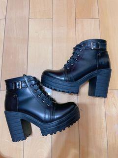 厚底英倫馬丁靴