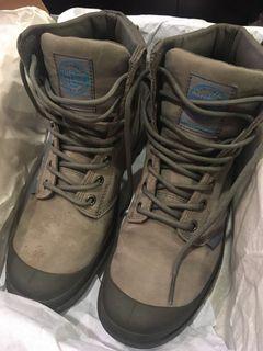 Palladium 防水靴