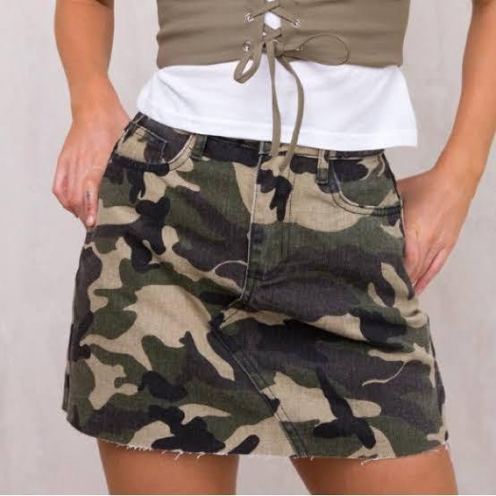Princess Polly camo skirt