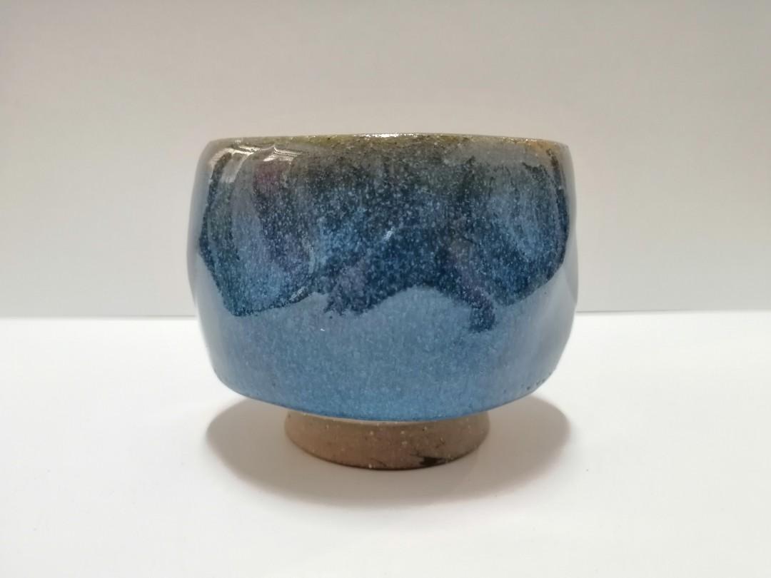 藍色釉燒茶碗