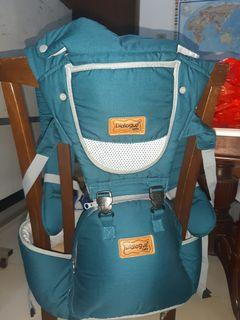 Dialogue Baby Hipseat Carrier