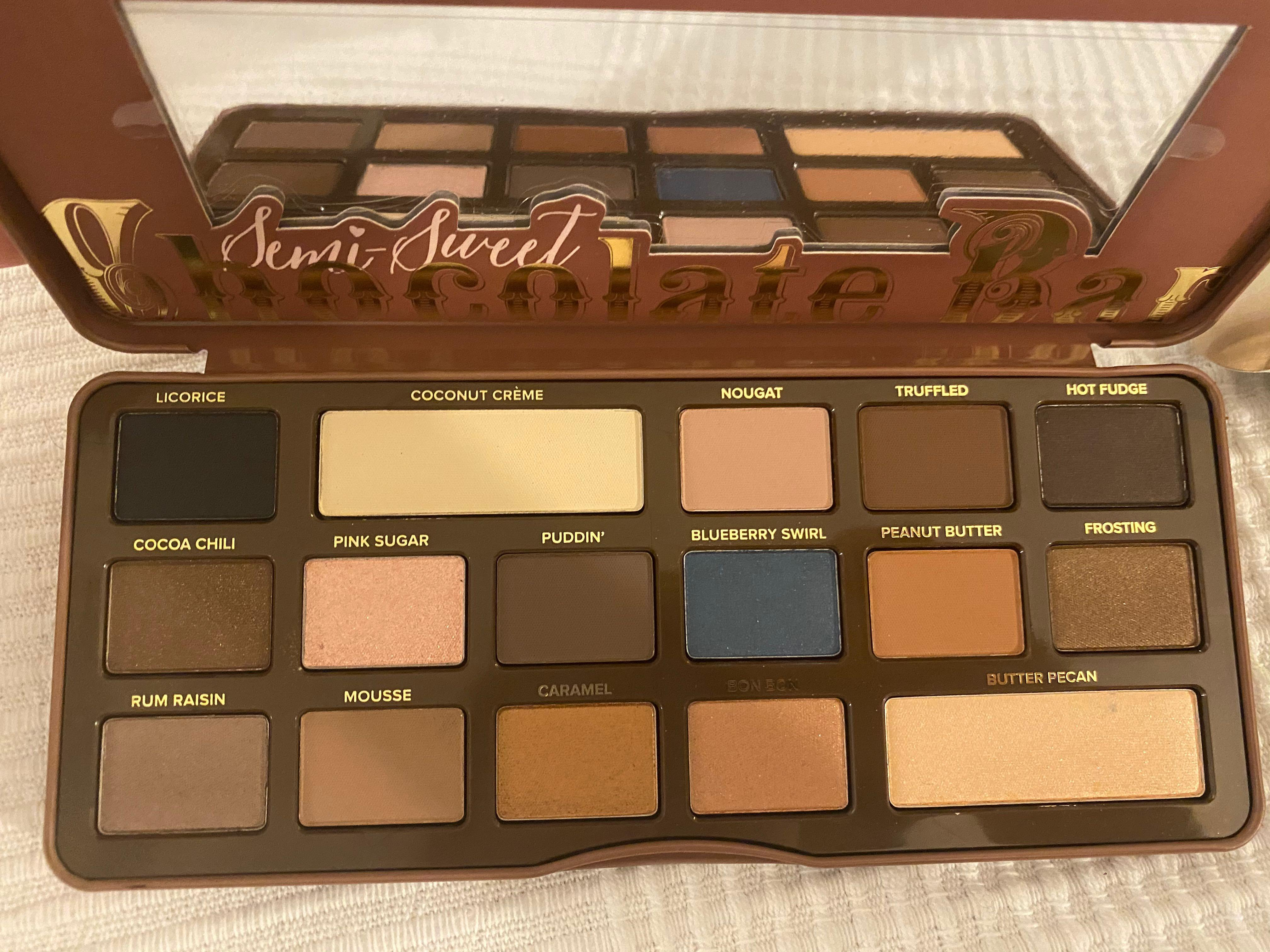 Too Faced Semi-Sweet Chocolate Bar Makeup Palette