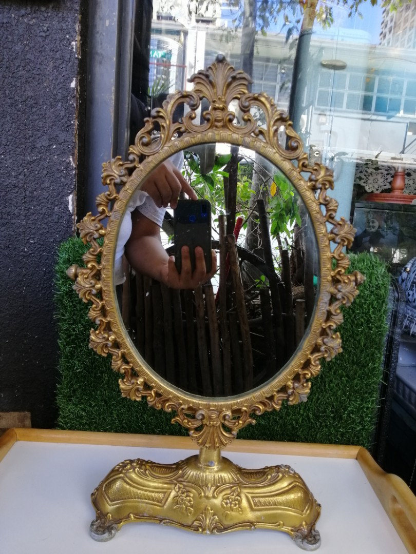 Vintage Vanity Mirror Antiques Others On Carousell