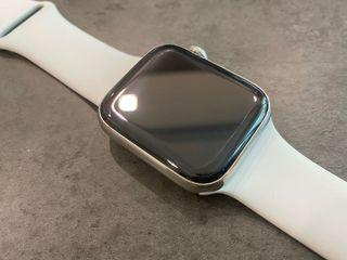 Apple Watch Series 4 44mm Stainless Steel GPS + Cellular with geniune Apple strap