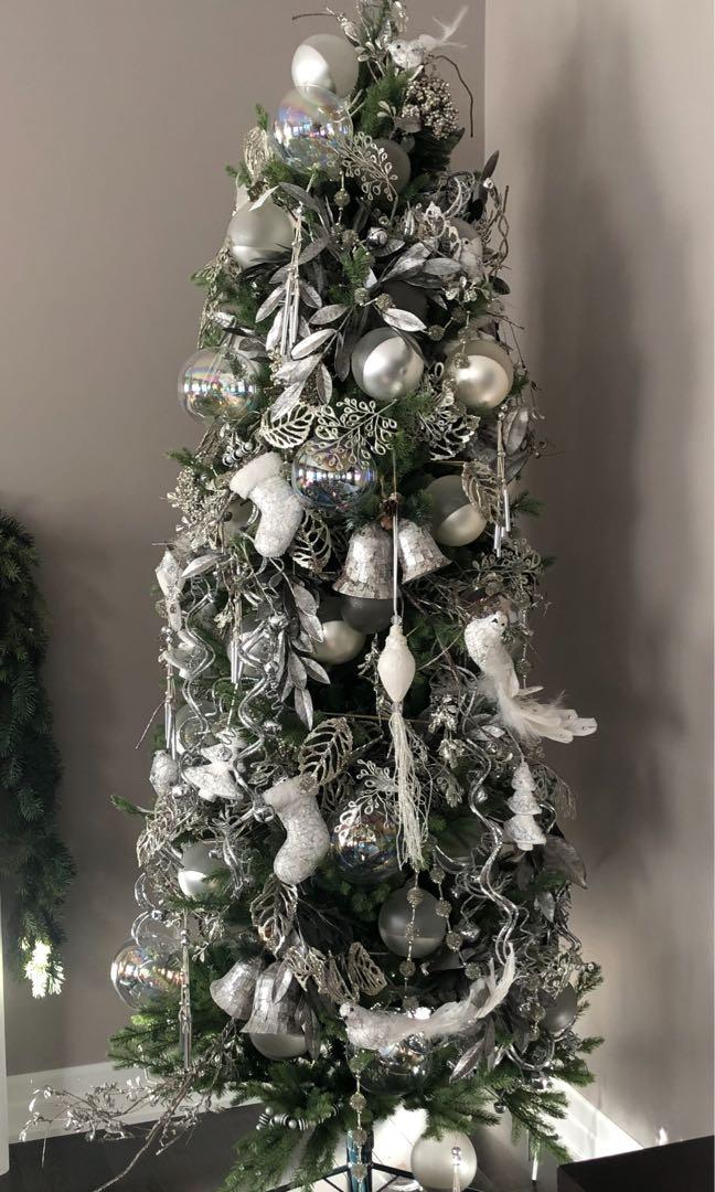 7.5 ft Christmas tree. Brand new with stand