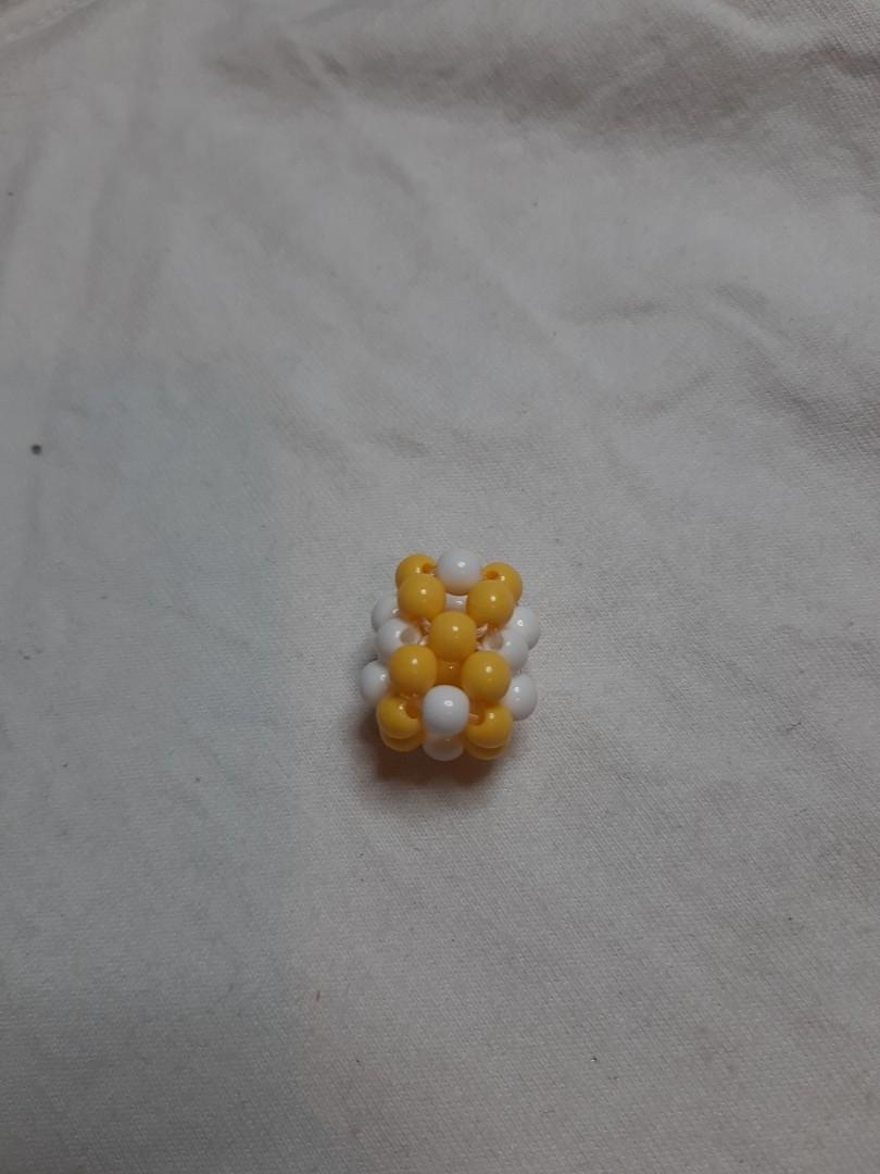 (手作)黃色串珠
