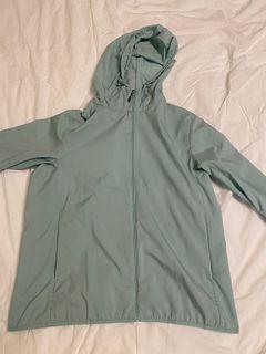 Extra Large UNIQLO Windbreaker Jacket