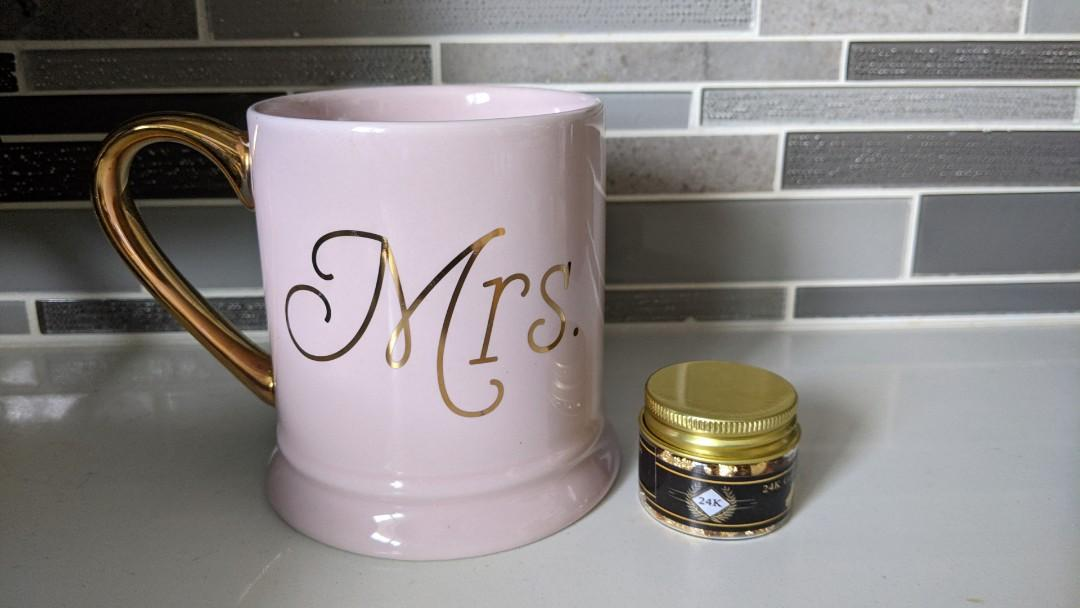 Gold Flakes Jars for Cakes/Desserts