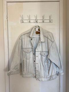 Large Levi's Denim Jacket